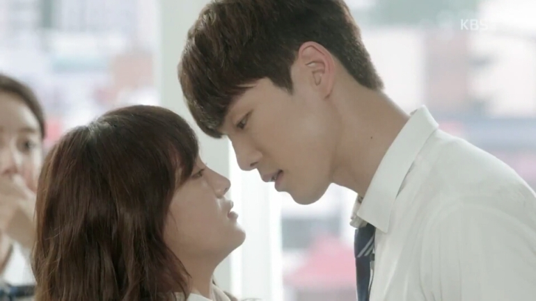 School ep 2 eunho taewoon kiss kim junhyung