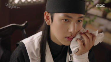 The King Loves Ep 17-18 (12)