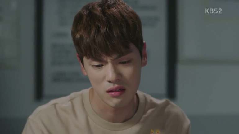 School 2017 episode 16 finale hyun tae woon crying at the police