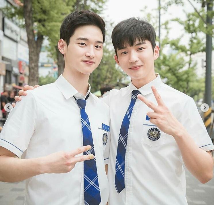 School 2017 jang dong yoon kim hee chan