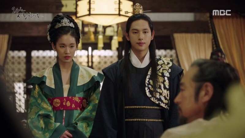 The King Loves Finale (8)