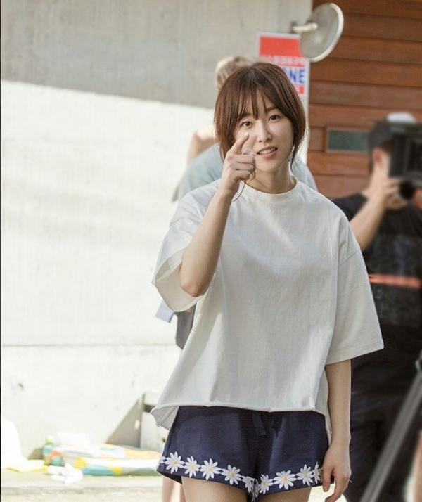Tempeature of Seo Hyun Jin behind the scene