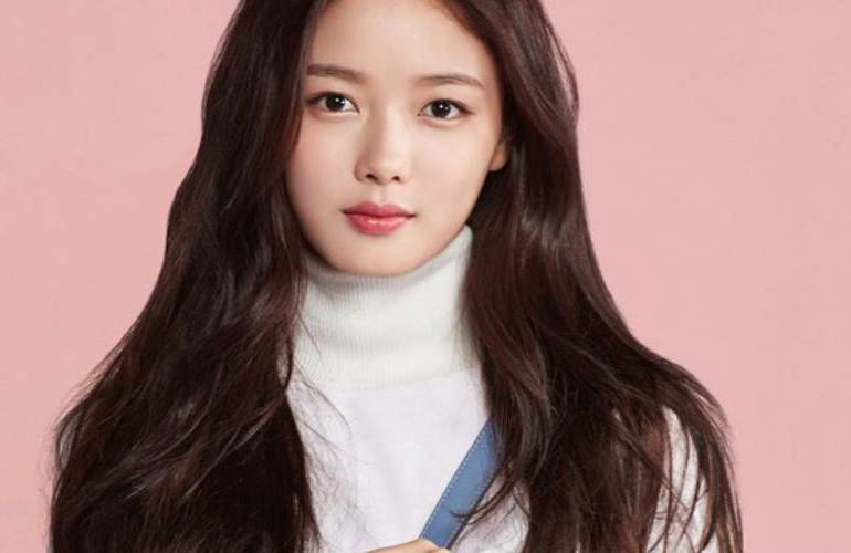 kim yoo jung cast in jtbc s new webtoon adaptation ahn hyo seop
