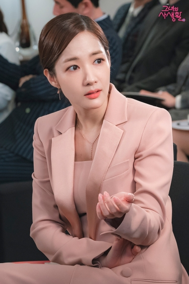 Her Private Life sung deokmi