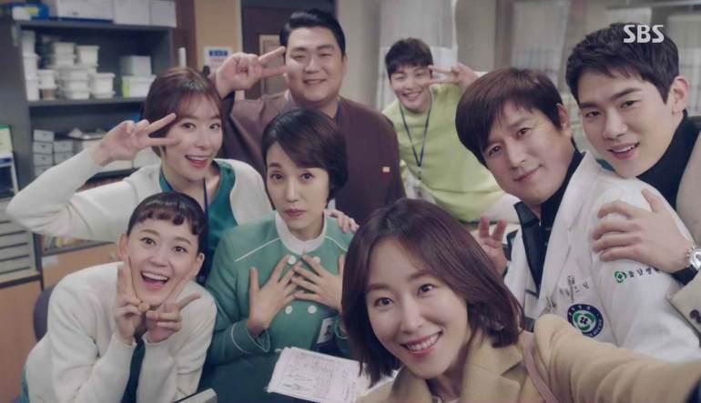 Dr romantic season 1 cast