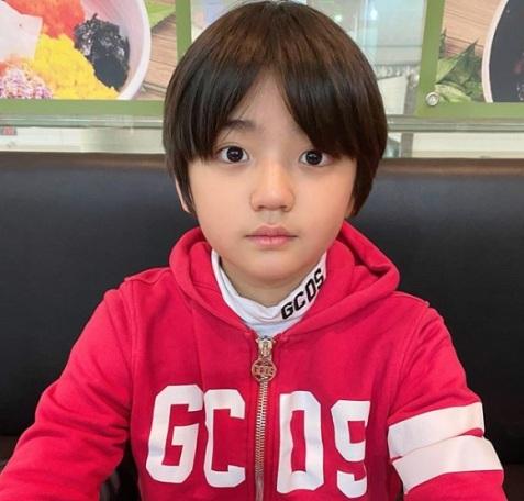 kim kang hoon child actor kingdom
