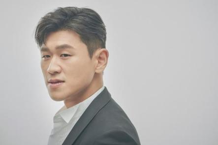 kang hong suk handsome